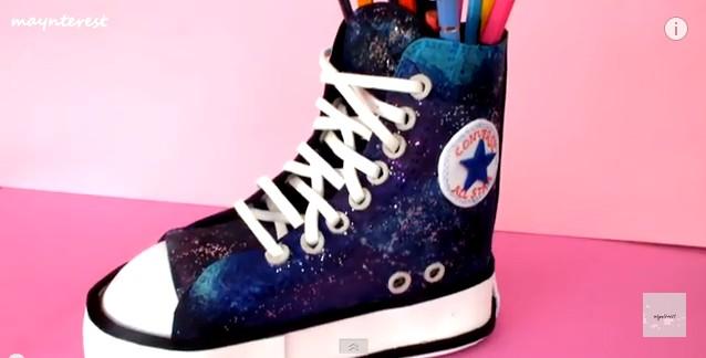 Zapatilla All Star Converse de goma eva Manualidades en