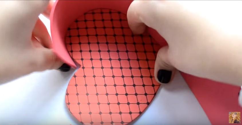 Caja de goma eva en forma de corazon para San Valentin 10