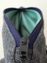 strapabíró, szürkés türkiz színű bélés