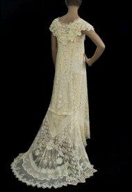 6. igazi régi ruha gyönyörű csipkével