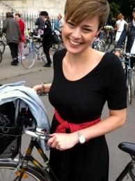 ilyen jól érzem magam - Anya biciklijével