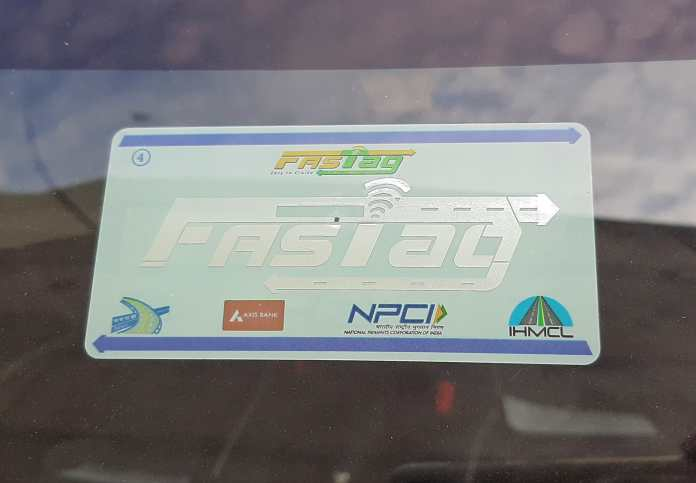 NHAI Giving Out FASTags For Free. Hurry!