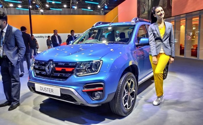 Renault Duster at the Auto Expo