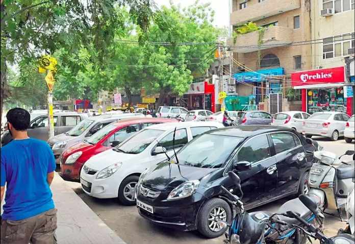 Parking in crowded place
