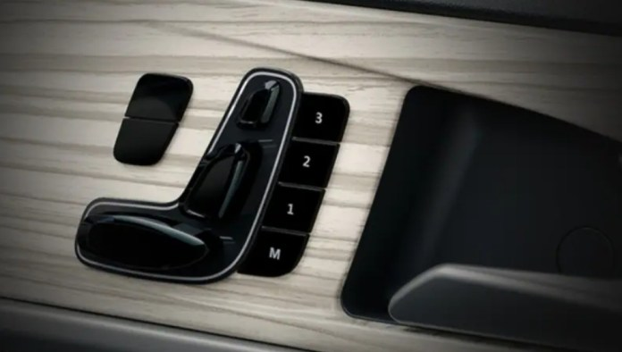 Powered seats with memory function