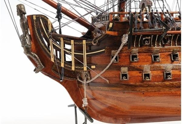 1700s Royal Louis Tall Ship GoNautical