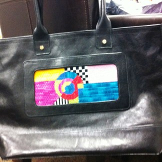 Lee's Needlearts Leather Purse