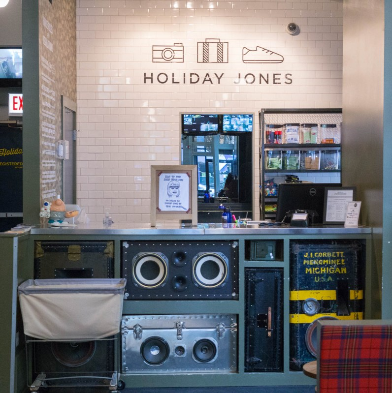 Holiday Jones, Chicago-1