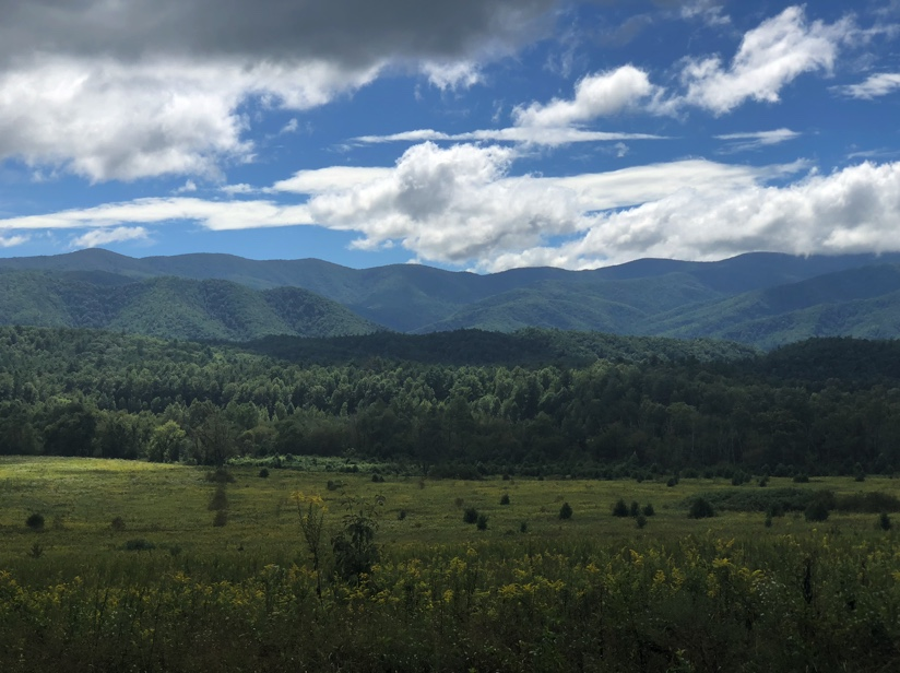 Our Smoky Mountains Girls Trip + the scariest moment of my life