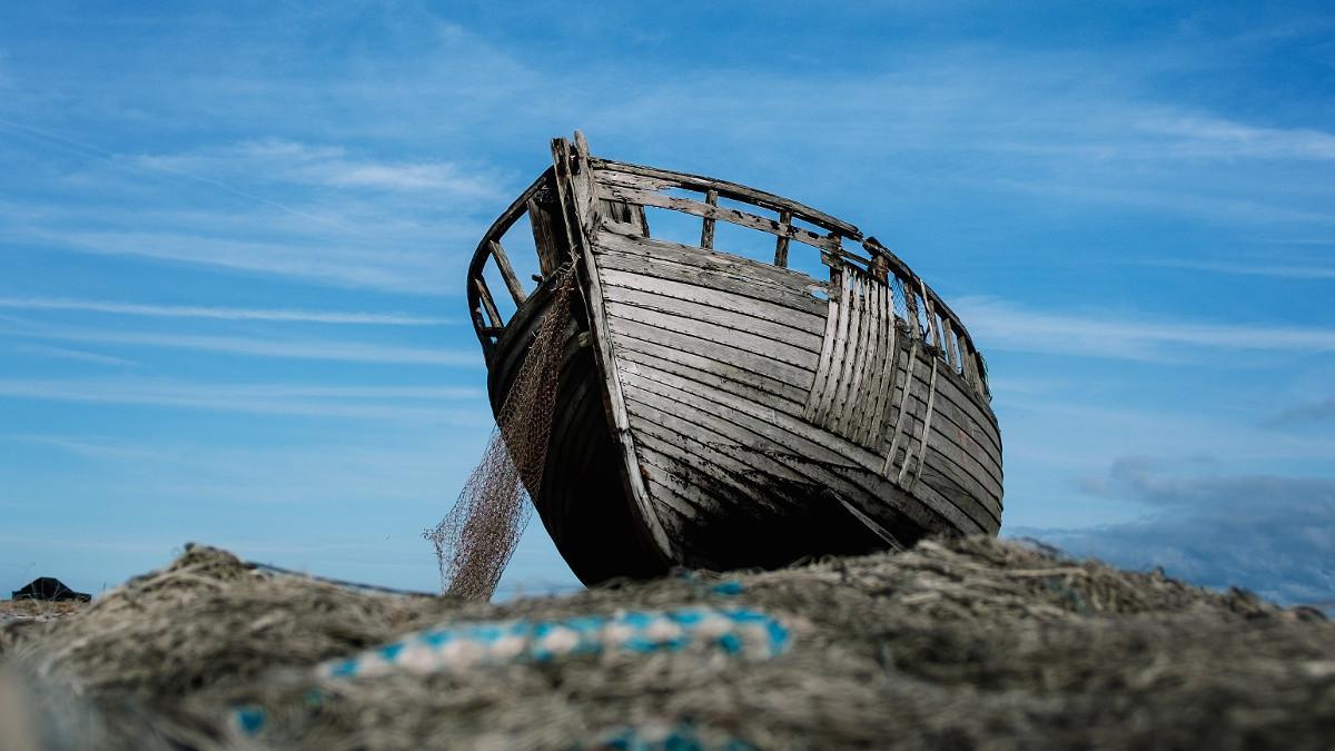 Barca pescuit. FOTO alexander andrews
