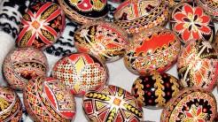 Oua încondeiate manual