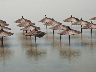 Inundațiile alungă turiștii. FOTO Katia_M