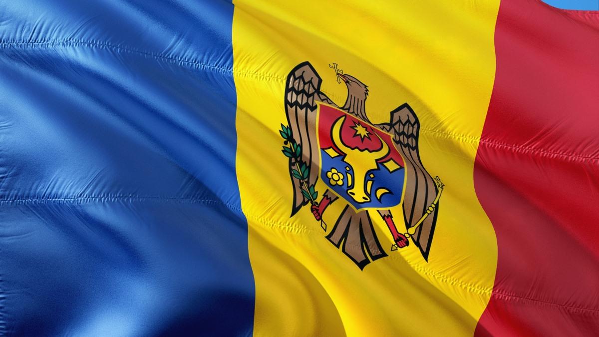 republica moldova steag