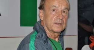 Gernot Rohr...his salary has cobwebs too