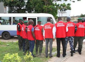 EFCC operatives tracked, seized and are after of owners of N500m
