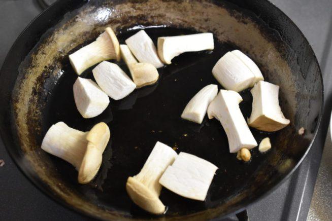 豚ヒレ肉のクリーム煮