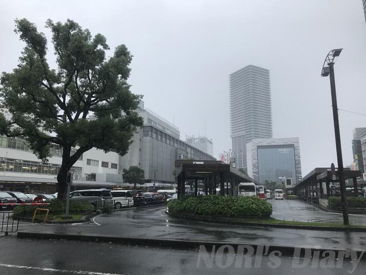 雨の広島駅