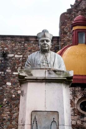 statue cotija