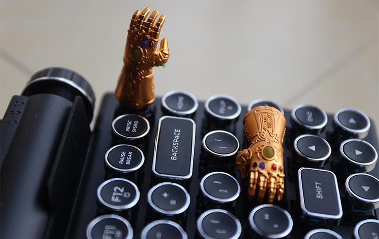 Avengers Infinity War Thanos Infinity Gauntlet Custom Keycap, Artisan Keycap For Cherry MX Switch Mechanical Keyboard