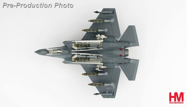 """Hobby Master Collector 1/72 Air Power HA6201 U.S. Military Carrier-Based (CV/CATOBAR) Lockheed Martin F-35C 101, VFA-101 """"Grim Reapers"""", CAG Bird, 2013, F-35 Lightning II Stealth Multirole Combat Fighter (Military Airplanes Diecast Model, Pre built Aircraft Scale Model)"""