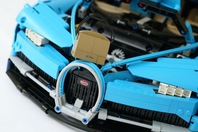 Unboxing Lego Technic 42083 Bugatti Chiron, (Lego 42083 Buyers Guide & Building & Review)Unboxing Lego Technic 42083 Bugatti Chiron, (Lego 42083 Buyers Guide & Building & Review)