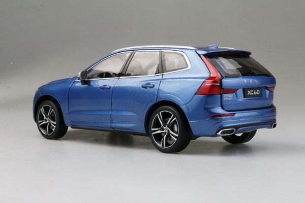 UAE – Motorgeeks Volvo XC60 2019-T5 R Design – Motorgeeks.com – UAE! Check out