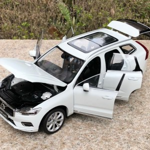 1:43 VOLVO XC40 / XC60 SUV Diecast Model Car Toys Replica Collection by KYOSHO