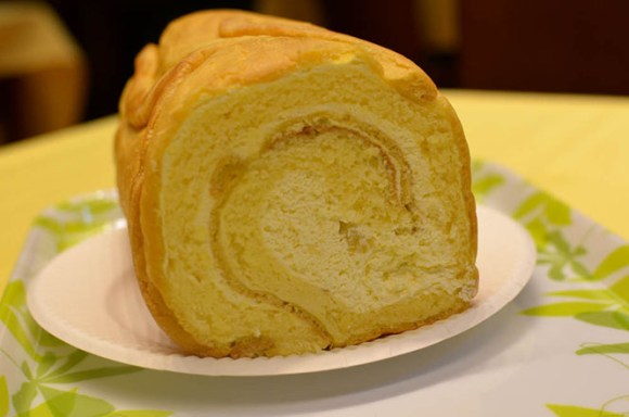 Platanasu Namiki Swiss Roll -The Sun Kuroudo Head Office in Asahikawa-