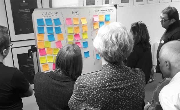 Reflecting over postit notes