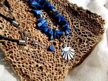 Sodalite necklace with shell