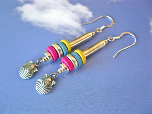 Colourful Camino earrings ft Scallop shell