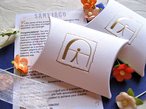 Giftwrap gift wrapping