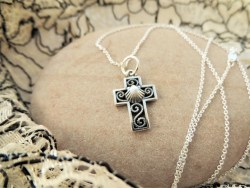 Camino cross with Scallop Shell necklace