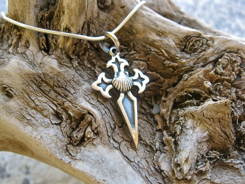 St James cross with scallop shell necklace