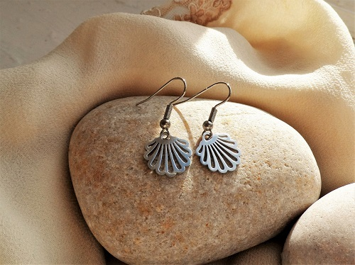 Camino earrings have symbolic meaning