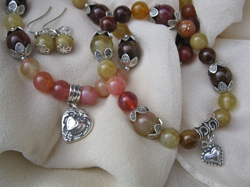 Hearts jewellery in Jade