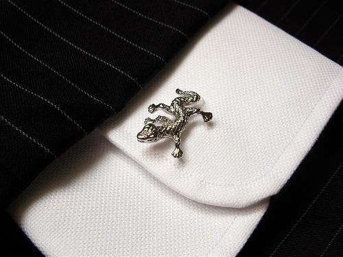 Lucky gecko cufflink