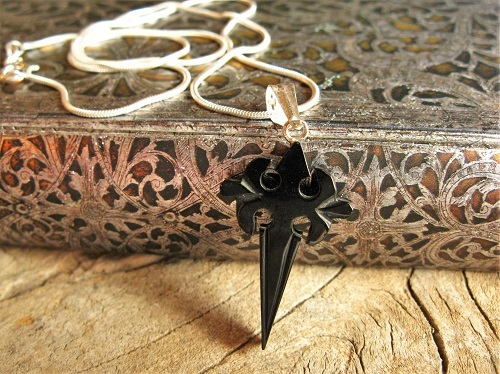 Santiago camino cross necklace