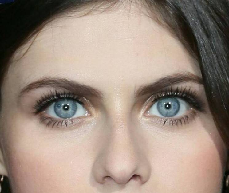 اجمل عيون اجمل عين في الدنيا صباح الورد