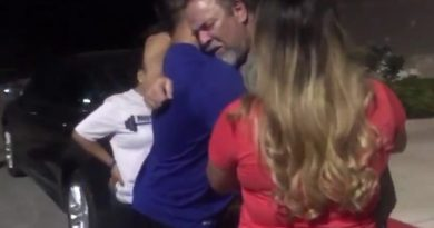 Children Buy Back Beloved Ford Mustang Dad Sold To Pay Mom's Cancer Bills 17 Years Ago