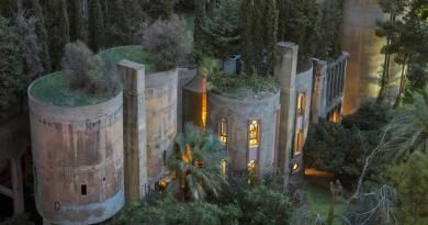 Architect Has Transformed An Old Cement Factory Into His House, And The Interior Is Breathtaking