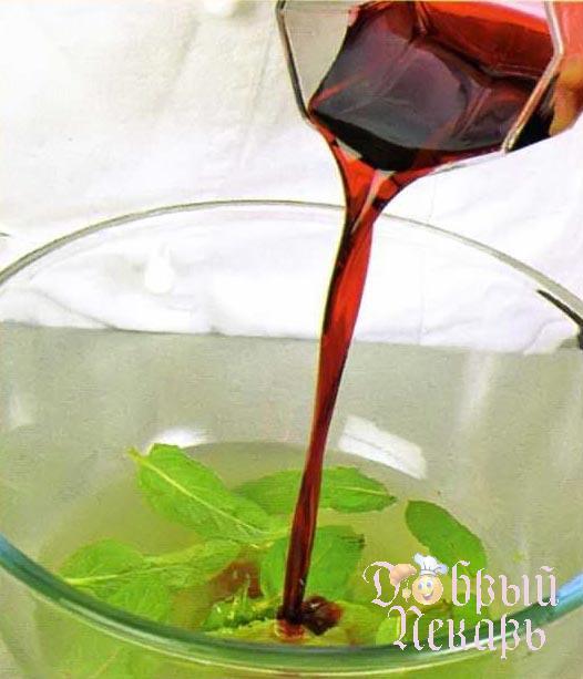 Шарики из дыни и арбуза в вине приготовление 2