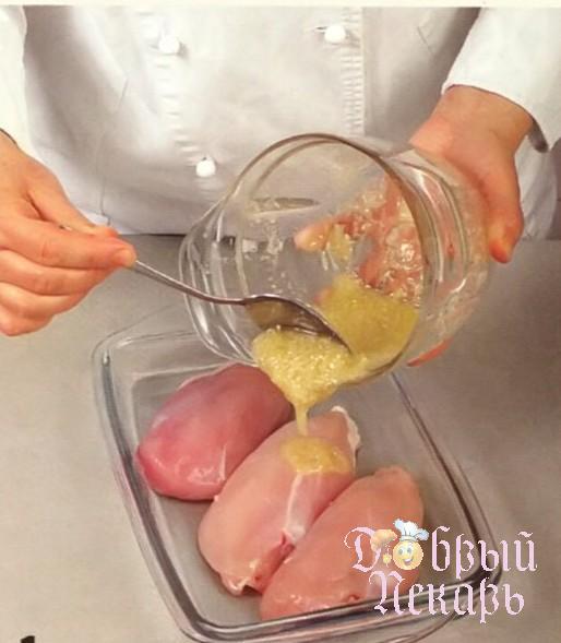 приготовление салата из курицы маринованный имбирем