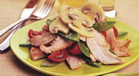 салат из курицы маринованный имбирем