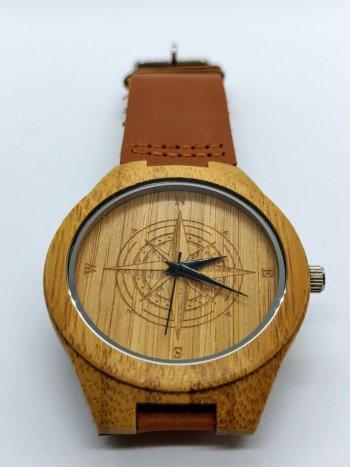 rode-wouw-houten-uurwerk