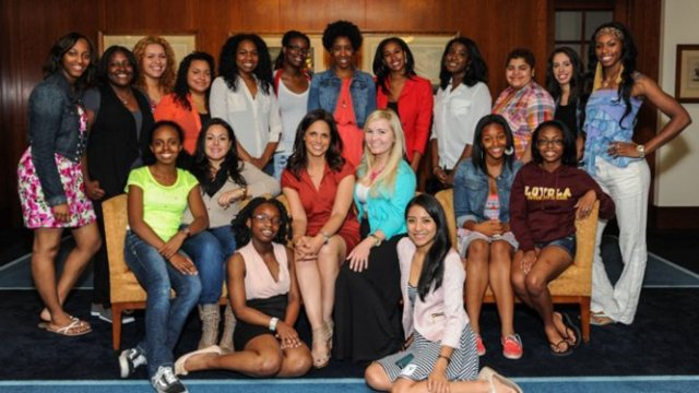 Soledad O'Brien Partners with #GirlsCan for Cover Girl (photo via hollywoodreporter.com)