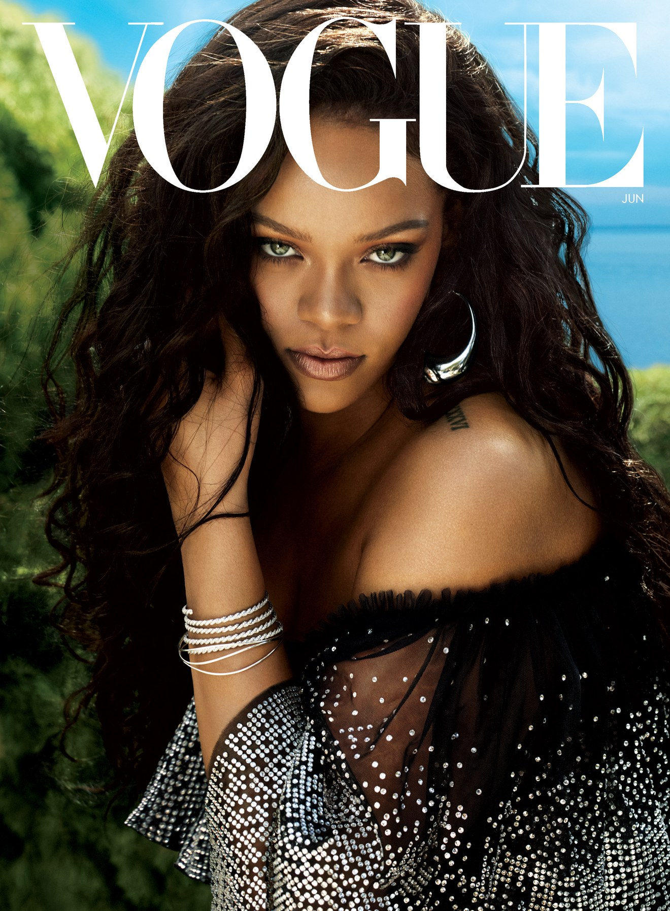 bff271a90175a Rihanna Covers June Vogue