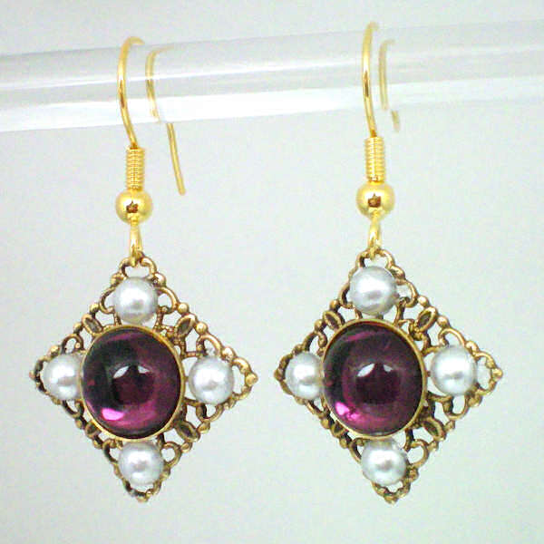 Anne Boleyn earrings