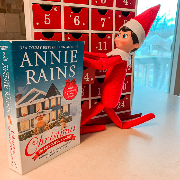 Christmas On Mistletoe Lane by Annie Rains | Book Review