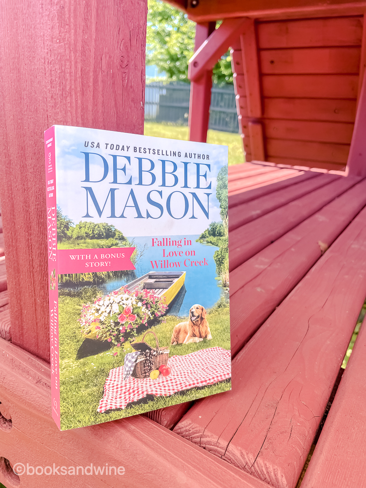 Falling In Love On Willow Creek by Debbie Mason   Book Review